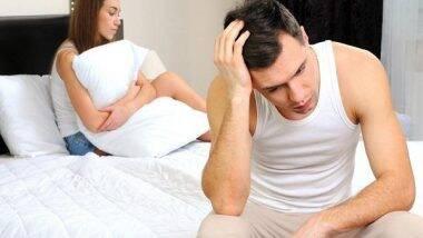 Reasons For losing Interest In Sex: महिला आणि पुरुषांमध्ये सेक्स करण्याची इच्छा कमी होत चालली आहे? 'ही' असू शकतात कारण