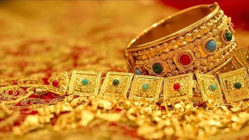 Gold Price Today: सोन्याच्या दरात मोठी घसरण; पाहा काय आहे? सोन्याचा आजचा भाव
