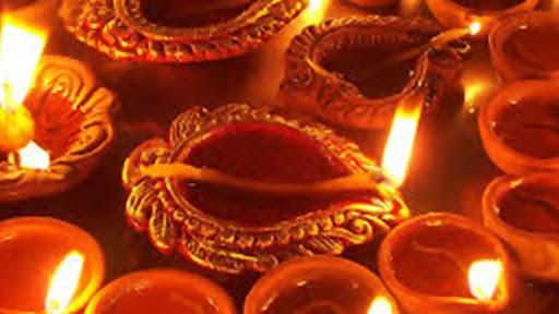 Navratri 2020: नवरात्रीत अखंड ज्योती लावण्यासंदर्भातील 'हे' नियम तुम्हाला माहित आहेत का? जाणून घ्या