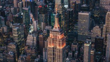 'Happy Diwali From NYC!' दिवाळीनिमित्त अमेरिकेच्या न्यूयॉर्कमधील प्रसिद्ध Empire State Building उजळली केशरी रंगात (View Pic)