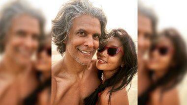 Milind Soman ने FIR दाखल झाल्यानंतर पत्नी अंकिता कोंवरसोबत शेअर केला हॉट फोटो; पहा शर्टलेस अंदाज
