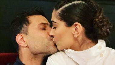 Sonam Kapoor Passionate Kiss With Anand Ahuja: सोनम कपूर ने पती आहुजा सोबत किस करतानाचा फोटो शेअर करत दिल्या नववर्षाच्या शुभेच्छा! (See Post)