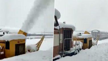 श्रीनगर रेल्वे स्थानकाने पांघरली बर्फाची जाड चादर; पहा निसर्गाची किमया दाखवणारे Videos
