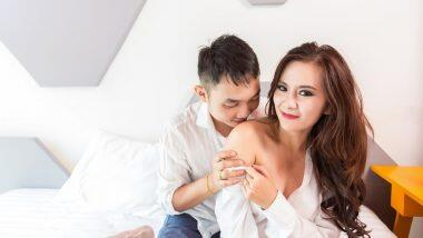 Kissing Tips to Turn Her on for Sex: मानेवरीत किस करून जोडीदाराला करा सेक्ससाठी उत्तेजित; फॉलो करा या टिप्स