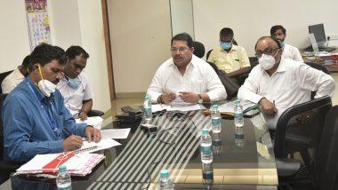 महाराष्ट्र: राज्यात अवकाळी पावसामुळे नुकसान झालेल्या शेतपिकांचे पंचनामे करुन तातडीने अहवाल सादर करण्याचे विजय वडेट्टीवारांचे जिल्हाधिका-यांना निर्देश