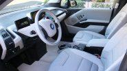 Dual Airbags Compulsory In All New Cars: येत्या 1 एप्रिलपासून कारच्या पुढील दोन्ही सीट्सवर Airbags असणे अनिवार्य