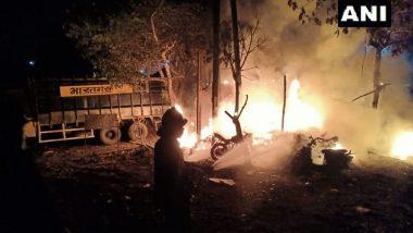 Fire at Daighar Area: डायघर परिसरातील ऑटो गॅरेजला भीषण आग, 15 दुचाकी जळून खाक