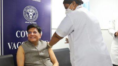 केंद्रीय मंत्री पियुष गोयल यांनी आज दिल्लीत AIIMS मध्ये घेतला कोरोनाचा पहिला डोस