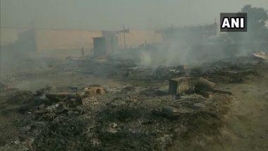 Noida: Bahlolpur झोपडपट्टी परिसरात लागलेल्या आगीत दोन मुलांचा मृत्यू