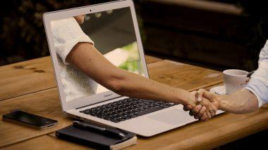 Online Dating App च्या मदतीने डेट शोधताय? एकमेकांना भेटण्यासाठी कोरोना लसीची अट पूर्ण करणे गरजेचे, जाणून घ्या सविस्तर