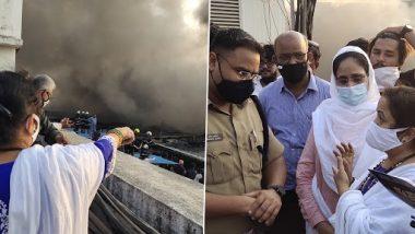 मुंबईच्या महापौर किशोरी पेडणेकर यांनी कुर्लातील भंगाराच्या दुकानांना लागलेल्या आगीची  घटनास्थळी जाऊन घेतली माहिती