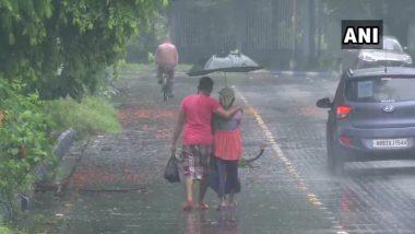 Cyclone Yaas Updates: 'यास' चक्रीवादळ काही तासातच किनारपट्टीवर धडकणार; पश्चिम बंगाल- ओडिशात वेगवान वारा, पाऊस सुरु