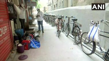 Mumbai Dabbawalas: कोरोनामुळे मुंबईचा डबेवाला अडचणीत