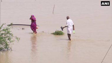 Cyclone Yaas: यास चक्रिवादळात ओडिशा राज्यातील भद्रक जिल्ह्यात मोठा परिसर पाण्याखाली