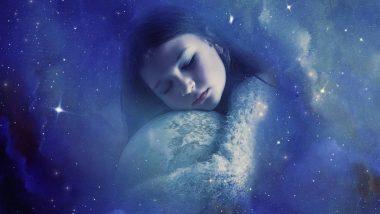 मेलेली व्यक्ती तुमच्या स्वप्नात येऊन तुमच्याशी बोलते? तर जाणून घ्या स्वप्न शास्त्र याबद्दल काय सांगते