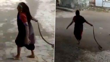 Snake Viral Video: म्हातारीने खतरनाक सापाबरोबर असे काही केले जे करण्याचा कोणी तरुण ही विचार करणार नाही, पाहा म्हातारीने काय केलीकमाल