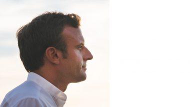 Emmanuel Macron Slapped: फ्रान्सचे राष्ट्राध्यक्ष इम्मानुएल मैक्रोन यांना अज्ञाताने लगावली थप्पड