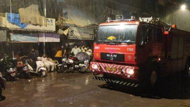 Bandra East Building Structure Collapsed: वांद्रे परिसरात इमारतीचा भाग कोसळल्याच्या 2 दुर्घटना; एक जण दगावला