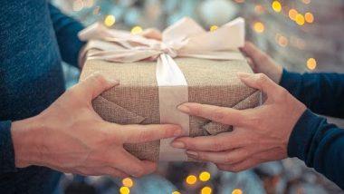 Father's Day 2021 Gift Ideas:फादर्स डेदिवशी वडिलांना खुश करायचं असेल तर द्या 'हे' खास गिफ्ट!