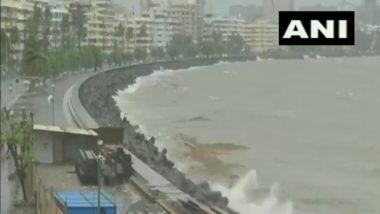 Mumbai Rains Updates: मुंबईत मुसळधार पावसादरम्यान मरीन ड्राईव्ह येथे समुद्राला भरती