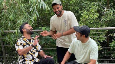 बडबड करणाऱ्या 'या' दोन जोकरांमध्ये Rohit Sharma बनला सँडविच, पाहाPhoto