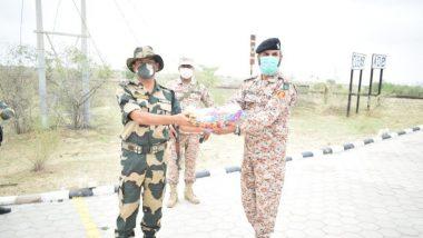Eid Al-Adha  चं औचित्य साधत राजस्थान मध्ये BSF जवानांकडून India-Pakistan सीमेवर मिठाईची भेट