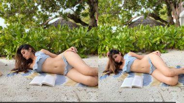 Mouni Roy Bikini Photos: बिकिनी घालून पुस्तक वाचतानाचा मौनी राॅय हिचा हाॅट लूक पाहून व्हाल थक्क