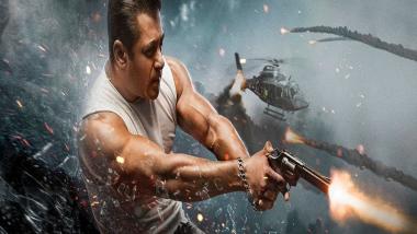 Salman Khan Viral Video: Tiger 3 च्या शुटींगसाठी जात असताना विमानतळावर CISF अधिकाऱ्याने सलमान खानला थांबवले अन्...