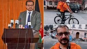अफगाणिस्तानातील माजी मंत्री Syed Ahmad Sadat यांच्यावर आली जर्मनीमध्ये पिझा डिलीवरी करण्याची वेळ, पहा फोटो