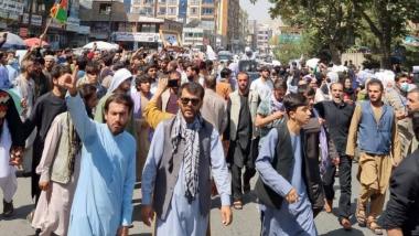 तालिबान सरकारकडून विरोधी प्रदर्शनांवर निर्बंध, न्याय मंत्रालयाकडून घ्यावी लागणार परवानगी