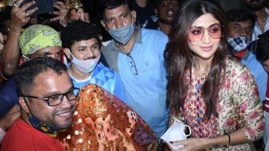 अभिनेत्री Shilpa Shetty गणपतीची मूर्ती घेण्यासाठी लालबाग ला पोहचली