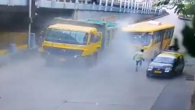 Mumbai: दादर येथे BEST's Tejaswini Bus आणि  Dumper Truck यांच्यात धडक; 8 जण जखमी